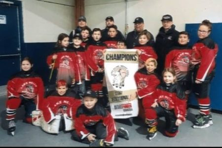 TBT Engineering Sponsors Lake Helen Jr Braves Atom hockey team!